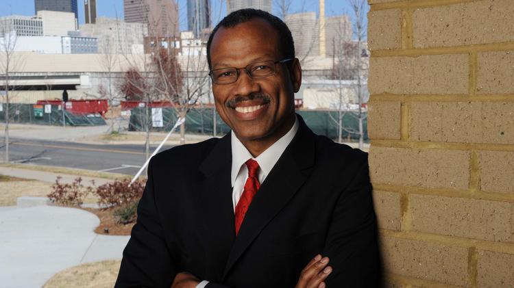 Atlanta developer Egbert Perry fires back at Mayor Kasim