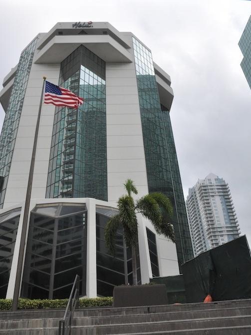 Helm Bank Miami