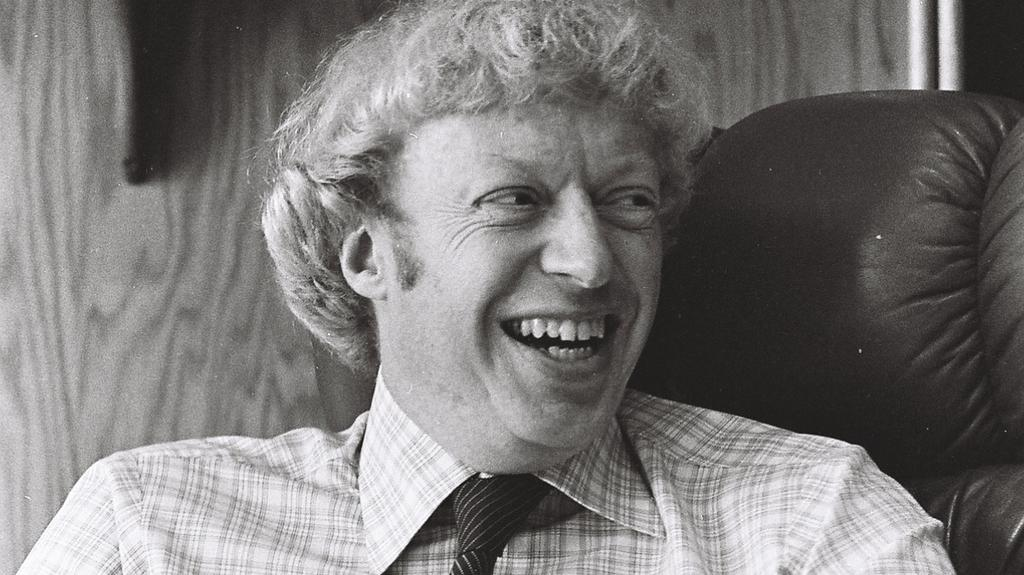 Mono la nieve Necesario  How Phil Knight almost spared us from the Donald Sterling mess - Portland  Business Journal