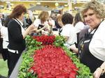 Kroger rose garland team puts prowess to work