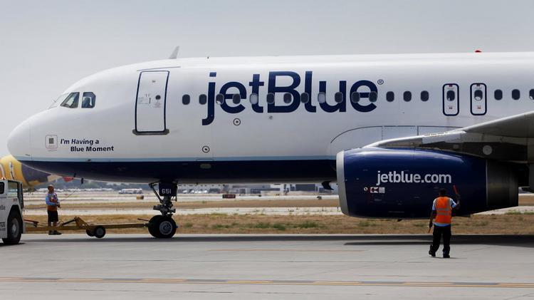 jetblue takeoff boston