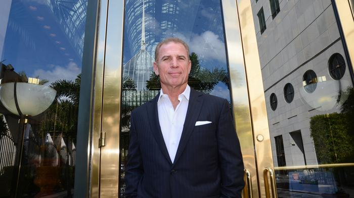 Spinoff REIT to sell half its stake in Greenway Plaza