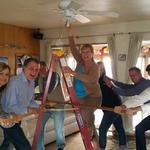 Lightbulb-changing wins Albuquerque man a prize