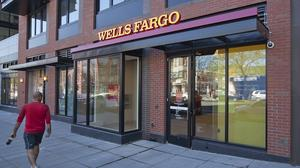 Wells Fargo shuttering 450 branches by end of 2018