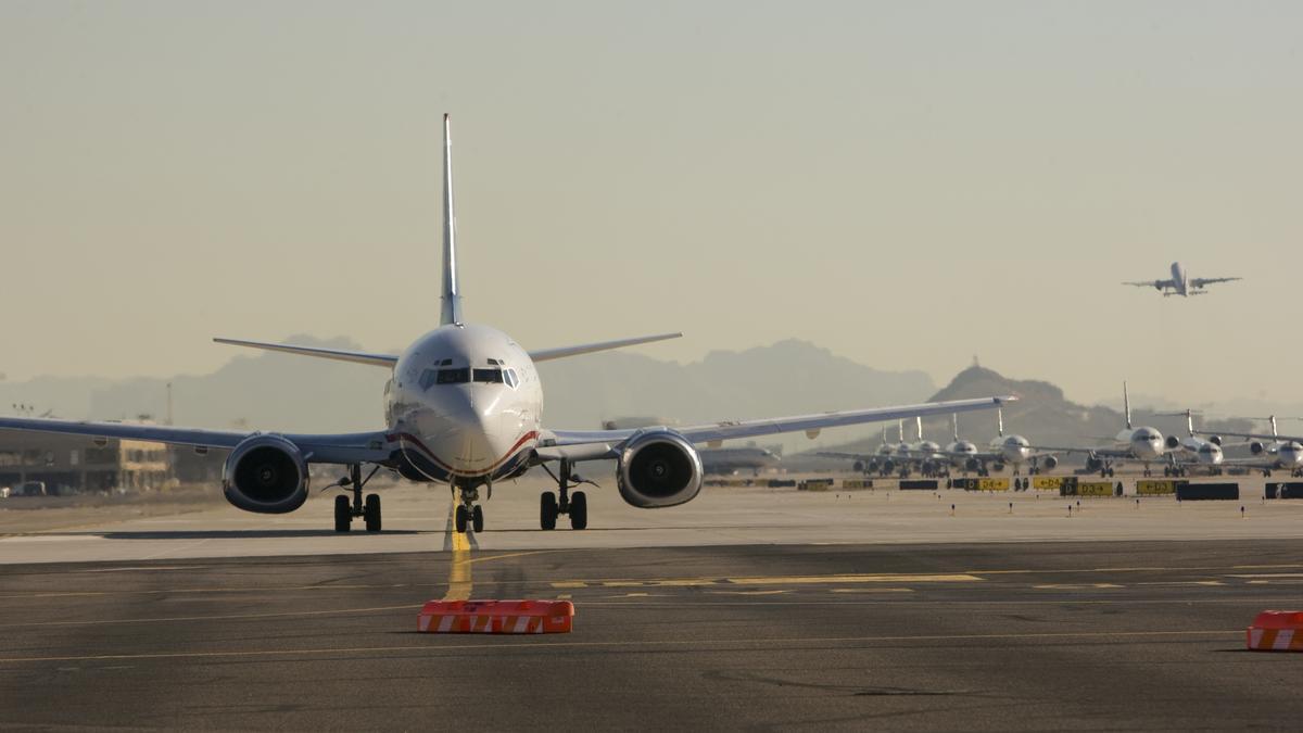 Crazy Heat Cancels More Flights At Phoenix Sky Harbor And