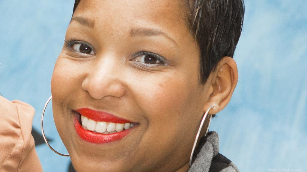 Art museum exec makes jump to communications role at