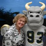 USF Sarasota-Manatee receives $100k to create <strong>Schoenbaum</strong> scholarship fund