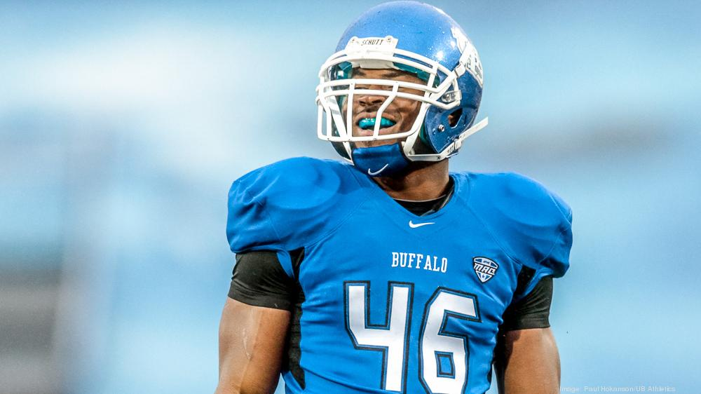new style d8719 1edd0 UB's Mack signs four-year, $18.7 million deal with Oakland ...