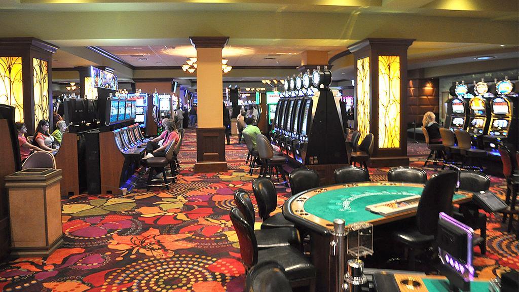 Gambling near boca raton florida in