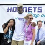 Michael Jordan, Charlotte Hornets swarm community for service projects (PHOTOS)