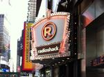 RadioShack analyst says bankruptcy imminent, stock drops below $1