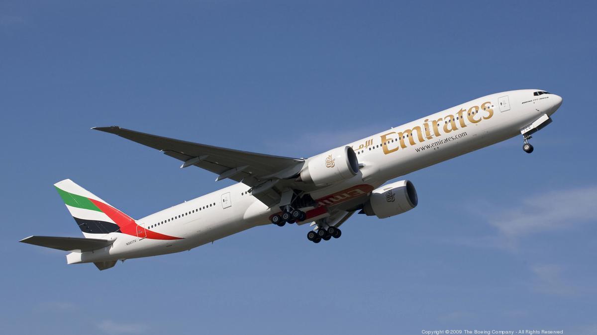 Boeing Roundup: 787 order from Emirates… Flight simulator expansion