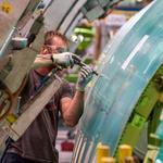 Will Boeing's sales dip below deliveries in 2016?