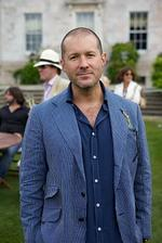 Why Apple might miss its IOS7 release date (Hint: It's Jony <strong>Ive</strong>)