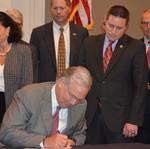 Nixon signs border war truce bill, but Kansas not on board