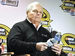 Rick Hendrick: GM's Barra a 'great leader'