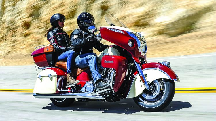 The 2015 Indian Roadmaster Is Available In A Two Tone Motorcycle Red Ivory Cream
