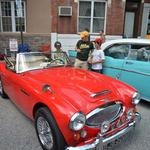 East Passyunk revs up record attendance at 9th annual car show