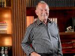 Dennis Jones, drug company founder, dies