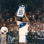 Former Duke star <strong>Grant</strong> <strong>Hill</strong> donates $1.25M to university
