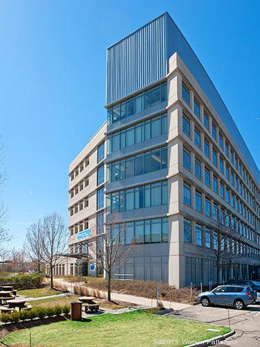 Celgene to expand in Cambridge, taking former Amgen space