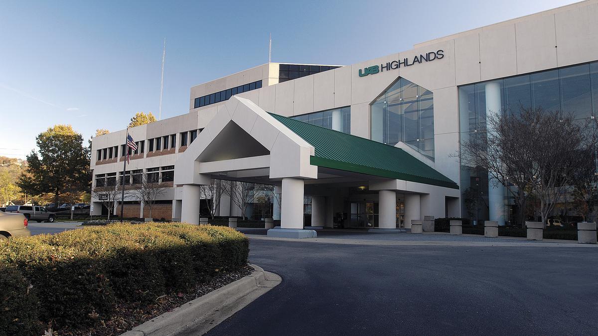 UAB Hospital-Highlands shooting: Two shot at Southside hospital ...