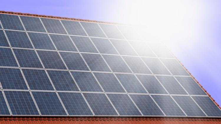 City Of Sacramento Cuts Cost Time To Get Solar Panel