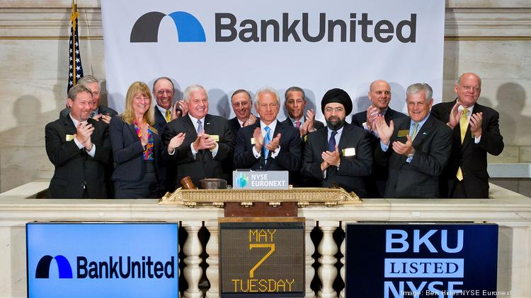 NEW YORK, NY – MAY 7:  BankUnited, Inc. Chairman, President and CEO John Kanas rings the Closing Bell at the New York Stock Exchange on May 7, 2013 in New York City.  (Photo by Ben Hider/NYSE Euronext)