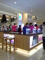 Microsoft opening specialty store in Roseville's Galleria