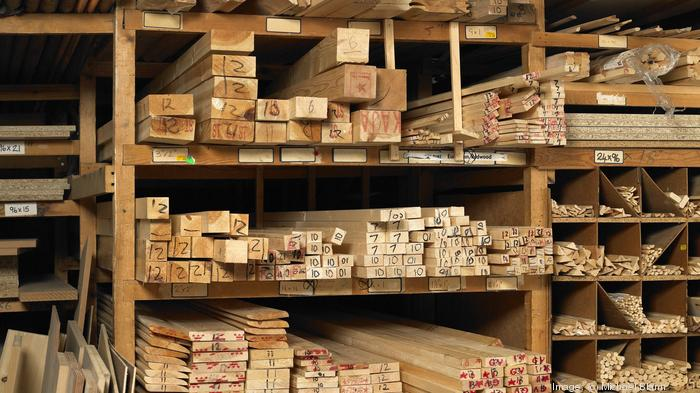 Wood materials supplier to open $700M plant