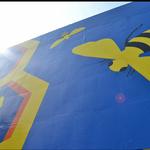 Hyatt Regency Atlanta, Georgia State University unveil rooftop bee mural (SLIDESHOW)