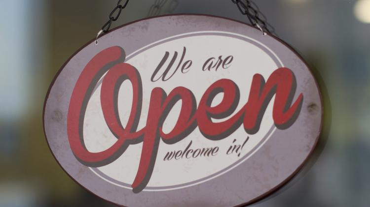 Why Stay Open Thanksgiving Shopping Days Losing Ground To Online Sales The Business Journals