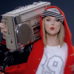Apple bows to <strong>Taylor</strong> <strong>Swift</strong>, changes artist pay policy