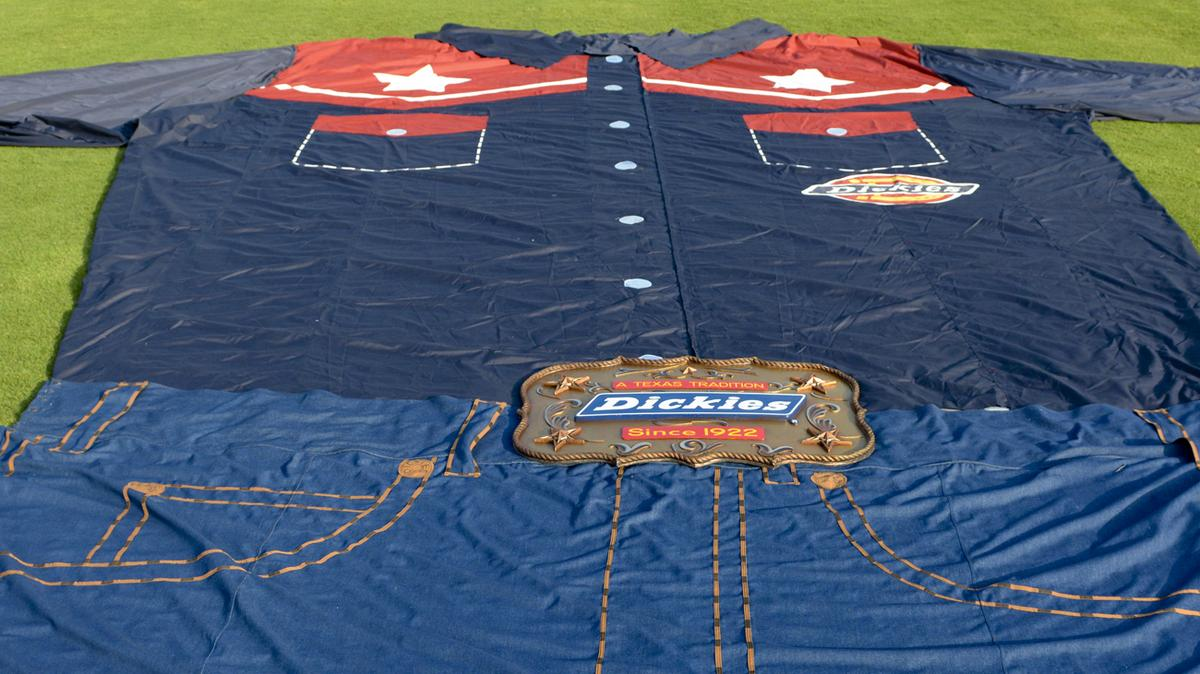 Big Tex 39 S Outfitter Williamson Dickies Manufacturing Sold