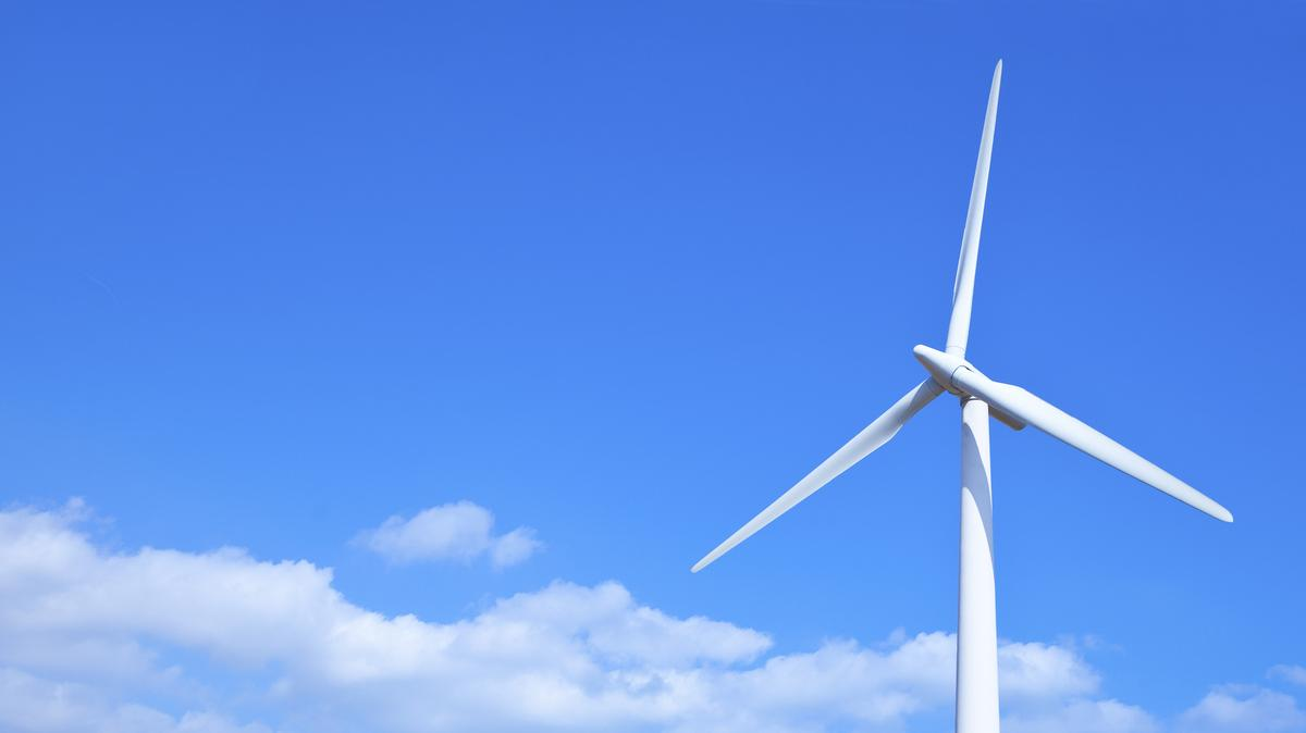 PacifiCorp says its $3 5 billion renewable energy plan is still a go