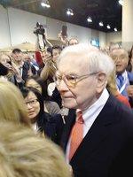 Buffett chats about Wells