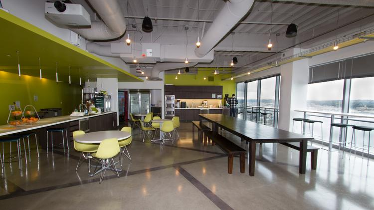 Cool spaces zillow 39 s downtown seattle office for Zillow new york office