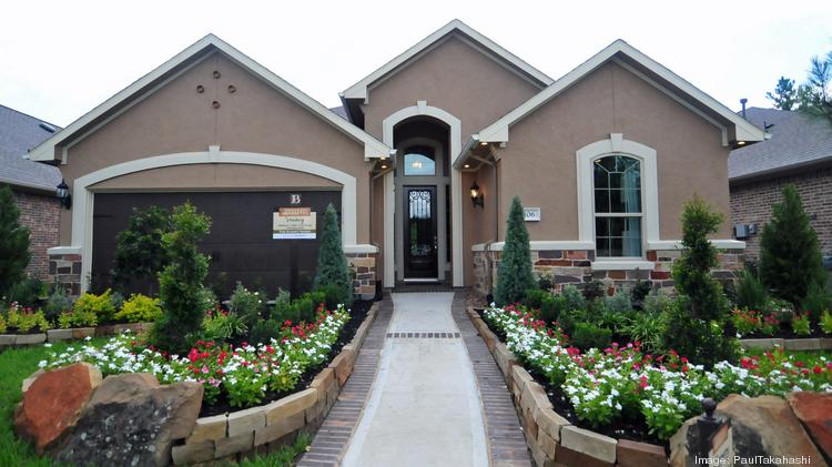 Smaller homes and lawns: Empty-nesters hate the hassle of maintaining a  large home