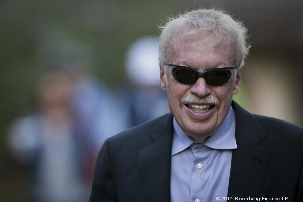 Phil Knight says he'll step down as Nike chairman in June