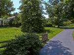 Home of the Day: Country Living Close to the City!