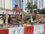 Ala Moana Center to finish new parking structure by Thanksgiving Day, just in time for Black Friday