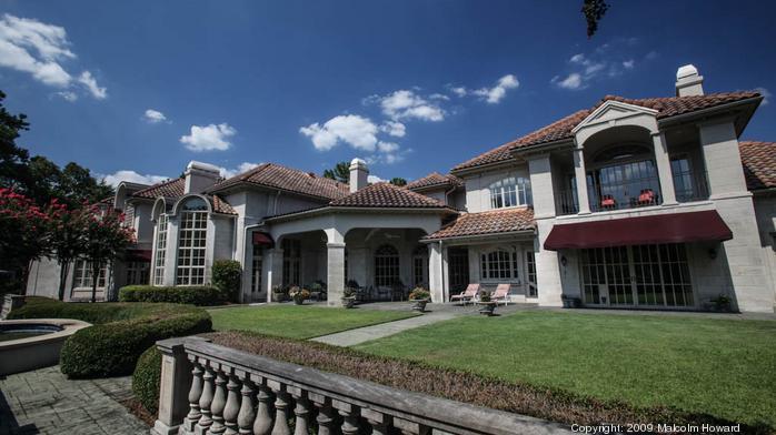 Hoover mansion taken off auction block after sale offer