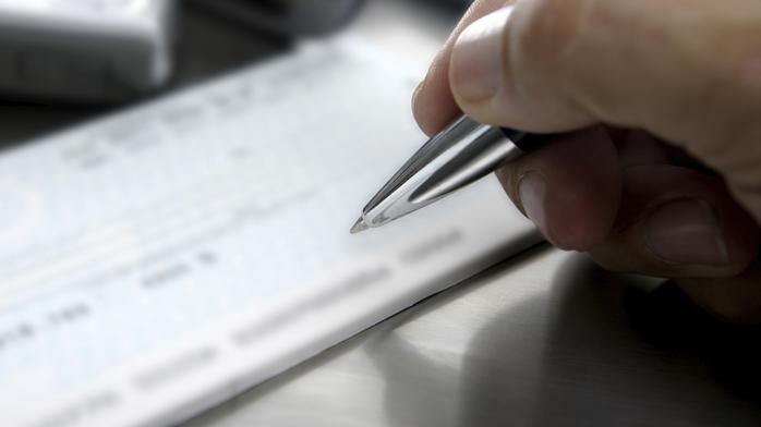 7 factors that get angel investors to write a check