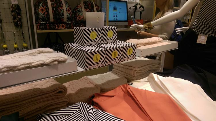 32baefaf3c5e Kate Spade sales soar following designers death - New York Business ...