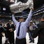 Stanley Cup-winning coach buys Cincinnati hockey team (Video)