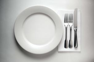 plate knife fork napkin food restaurant