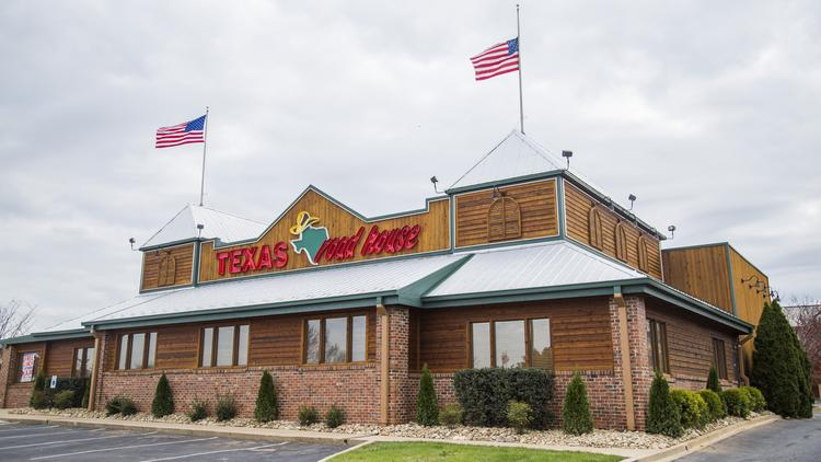 Nov 27,  · Texas Roadhouse, Waukesha: See unbiased reviews of Texas Roadhouse, rated 4 of 5 on TripAdvisor and ranked #7 of restaurants in Waukesha.4/4().