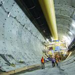 Bertha contractor sticks with plan to pull 2,000-ton piece to surface