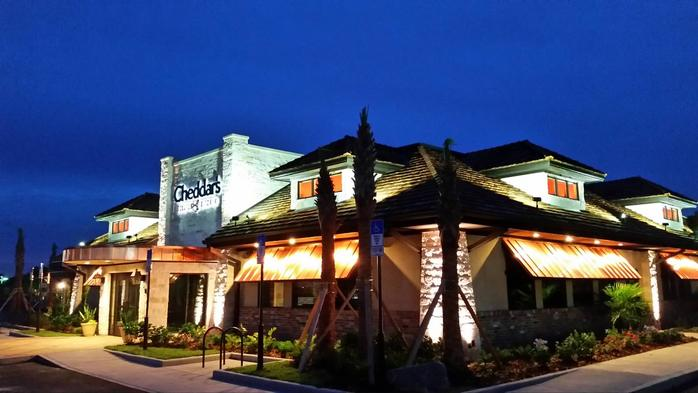Darden finalizes $780M purchase of Cheddar's Scratch Kitchen