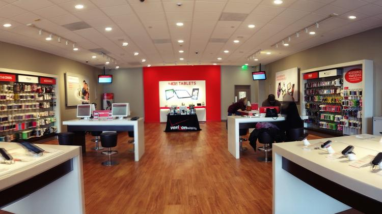 Seattle Is First Site For Verizon Wireless High Tech Store